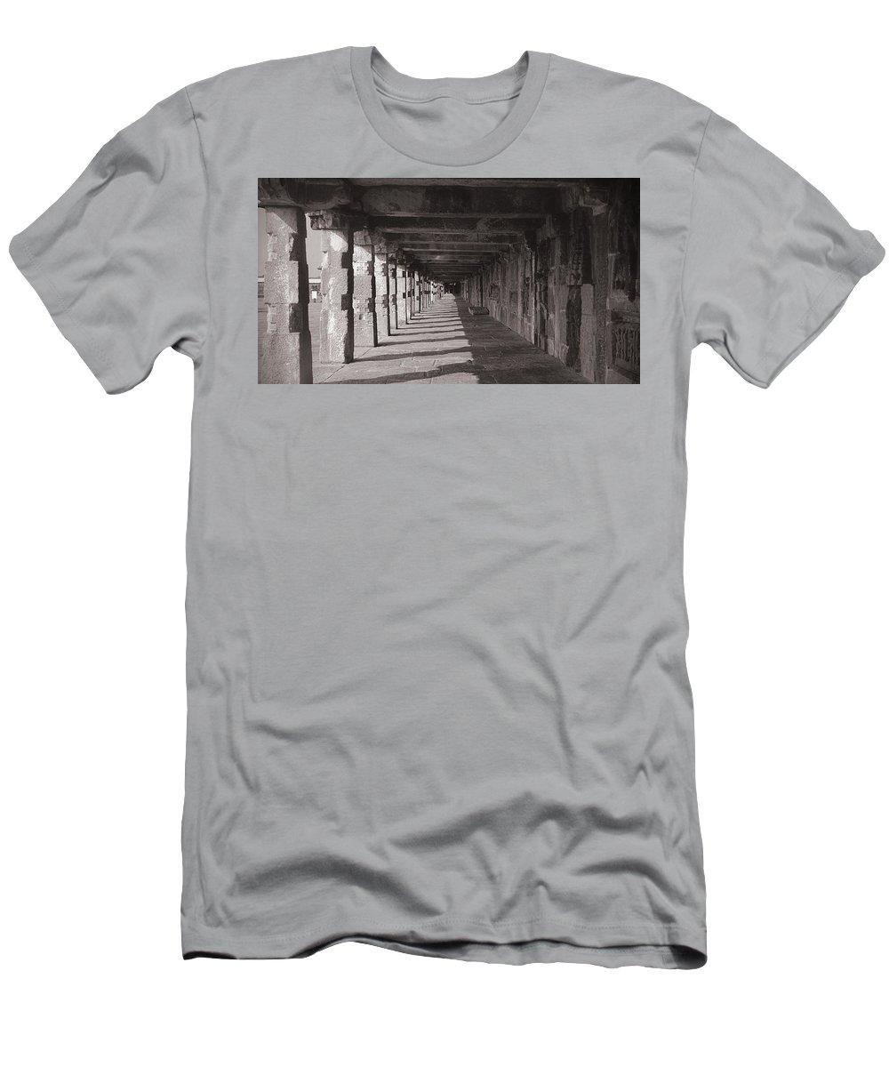 Krishnan Srinivasan Men's T-Shirt (Athletic Fit) featuring the photograph Walk Way - Belur by Krishnan Srinivasan