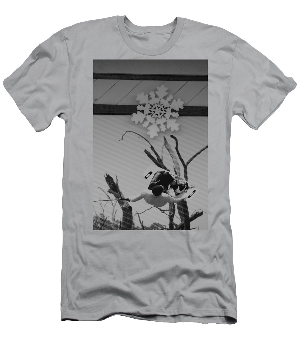 Snow Flake T-Shirt featuring the photograph Wall Surfing With A Snow Flake by Rob Hans