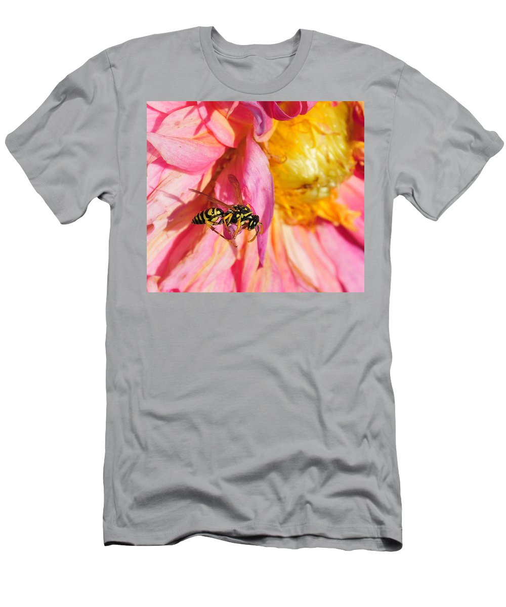 Wasp Men's T-Shirt (Athletic Fit) featuring the photograph Wasp And Flower by David Arment