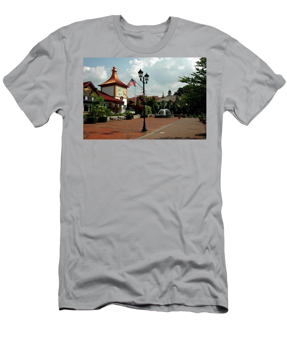 Usa Men's T-Shirt (Athletic Fit) featuring the photograph Welcome Center At Frankenmuth by LeeAnn McLaneGoetz McLaneGoetzStudioLLCcom