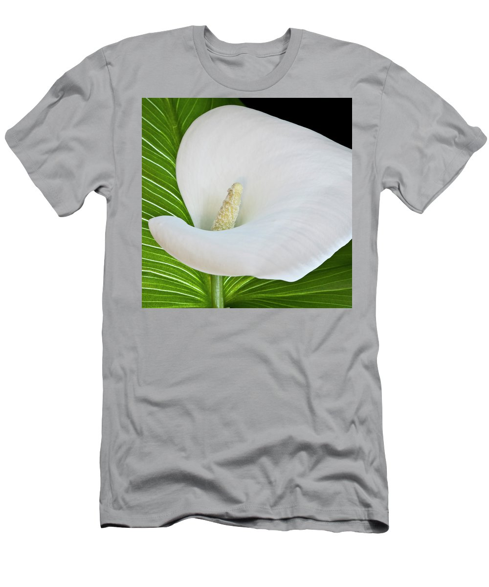 Calla Men's T-Shirt (Athletic Fit) featuring the photograph White Calla by Heiko Koehrer-Wagner