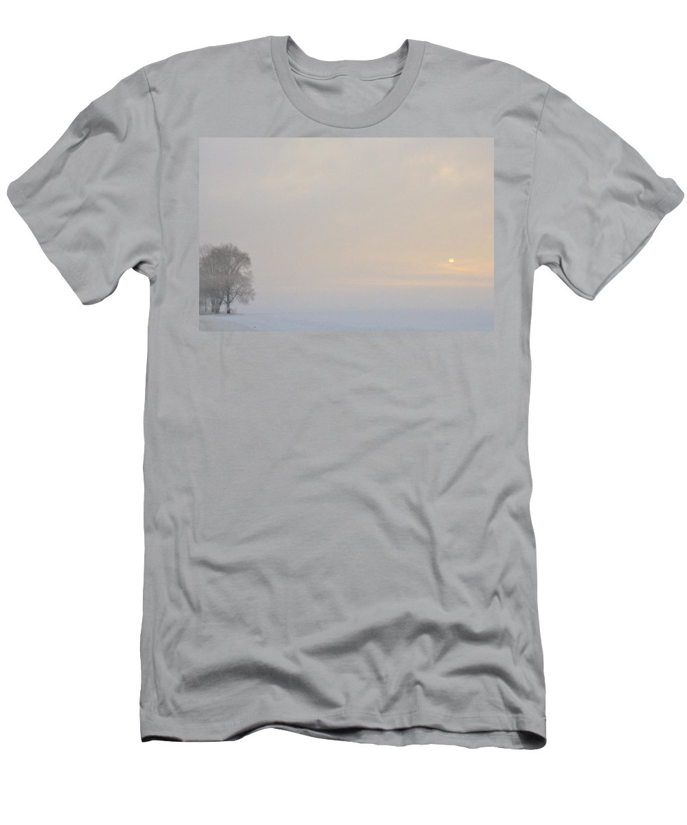 Fog Men's T-Shirt (Athletic Fit) featuring the photograph Winter by David Arment