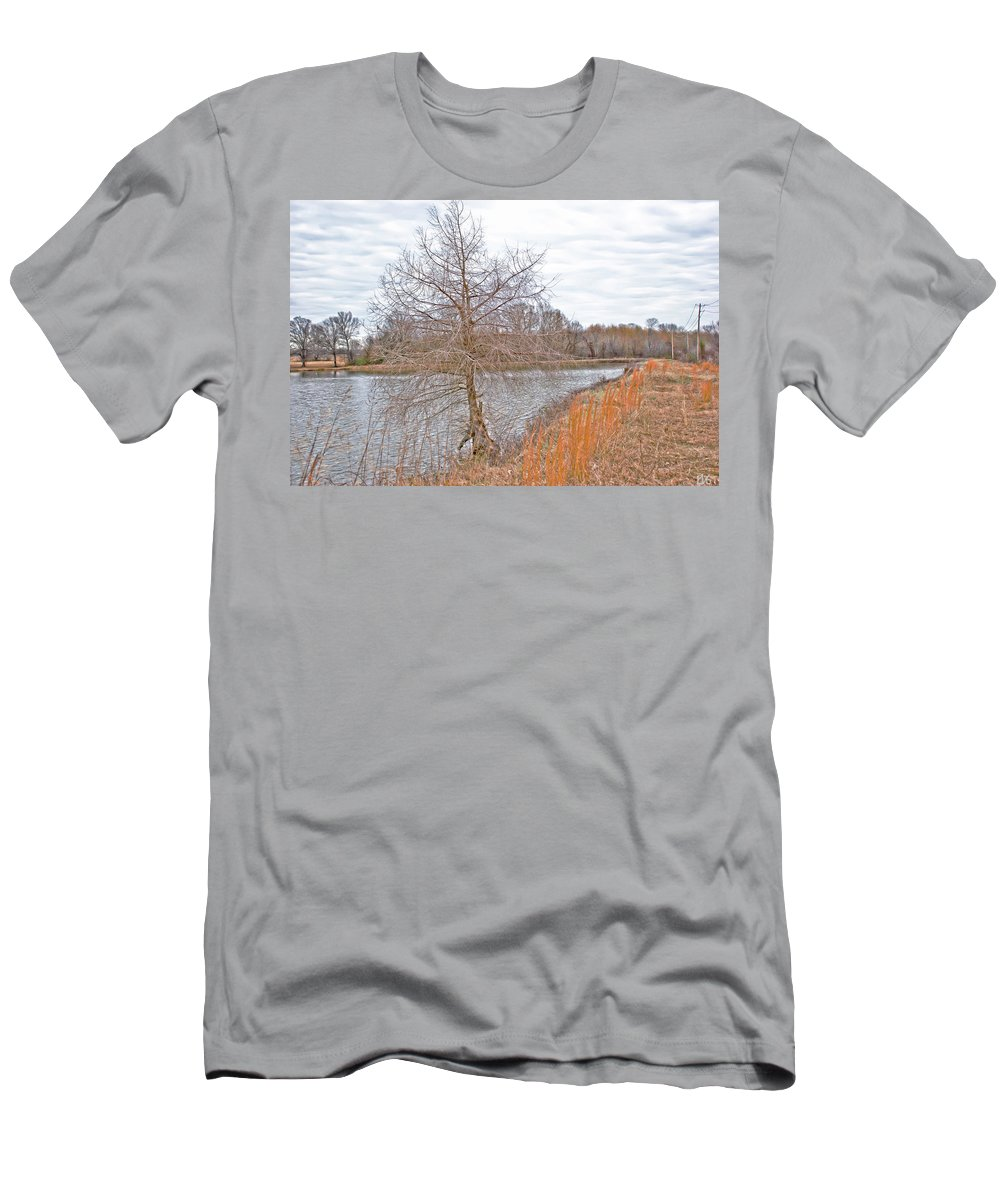 Pond Men's T-Shirt (Athletic Fit) featuring the photograph Winter Tree On Pond Shore by Gina O'Brien
