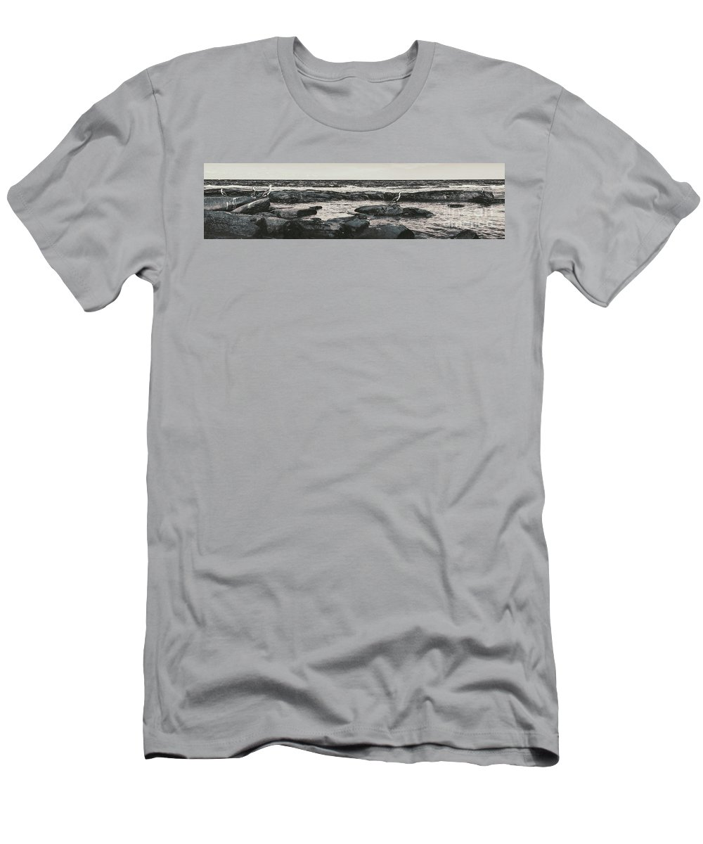 Sunshine Coast Men's T-Shirt (Athletic Fit) featuring the photograph Kings Beach Rocky Panoramic by Jorgo Photography - Wall Art Gallery