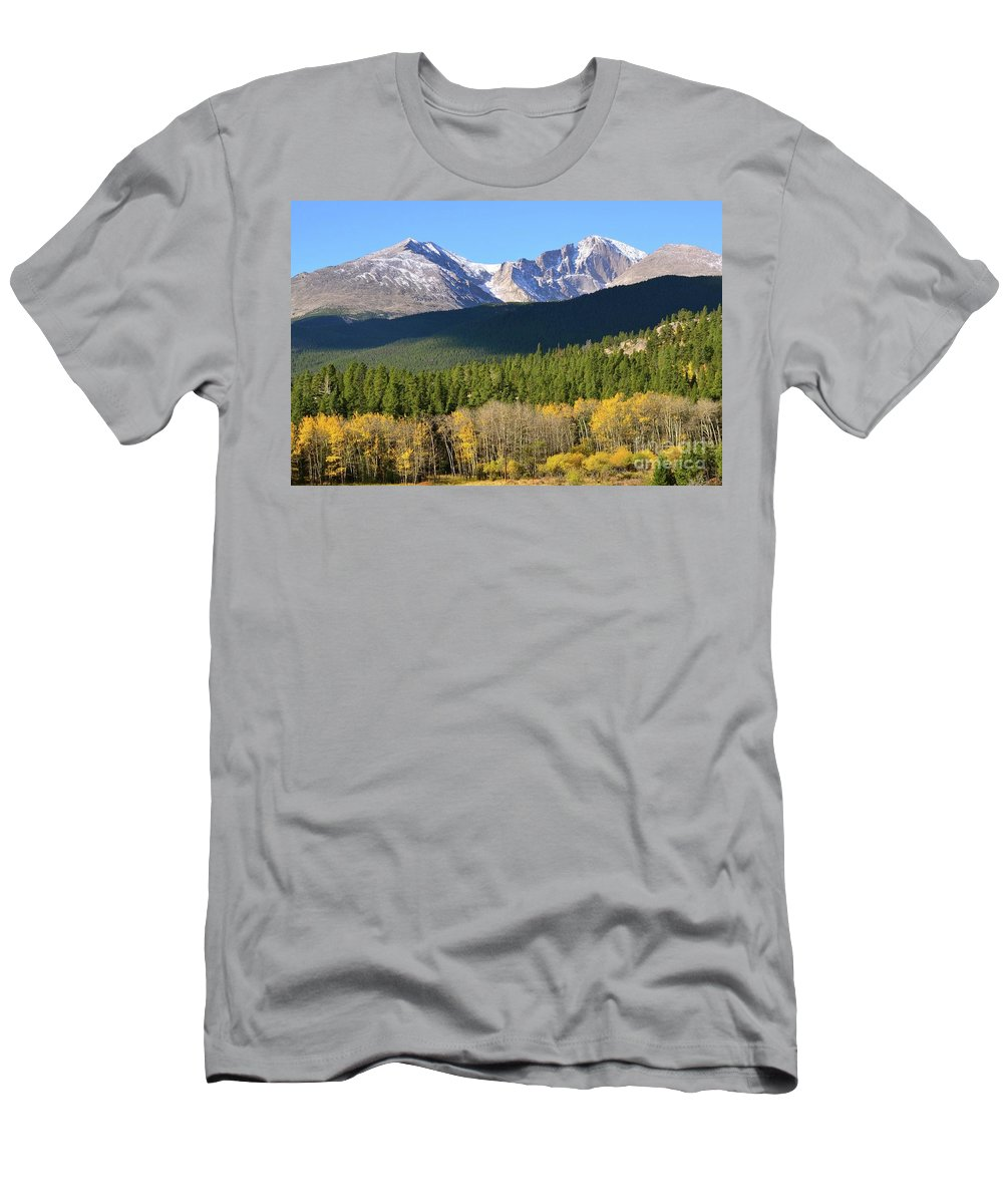 Longs Peak Men's T-Shirt (Athletic Fit) featuring the photograph Longs Peak In The Fall by Deb Cawley