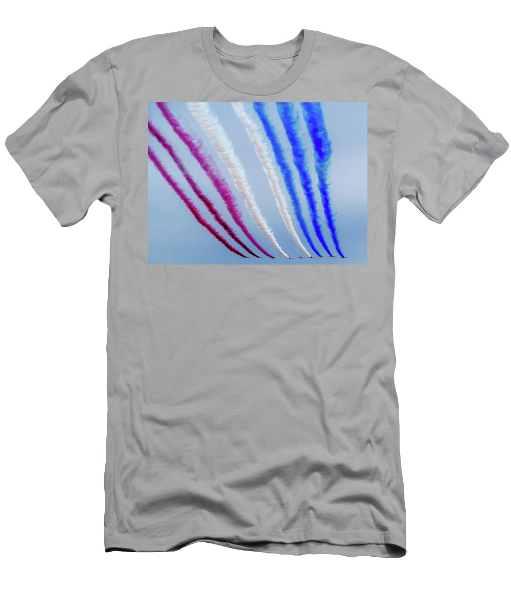 T-Shirt featuring the photograph The Red Arrows. by Angela Aird