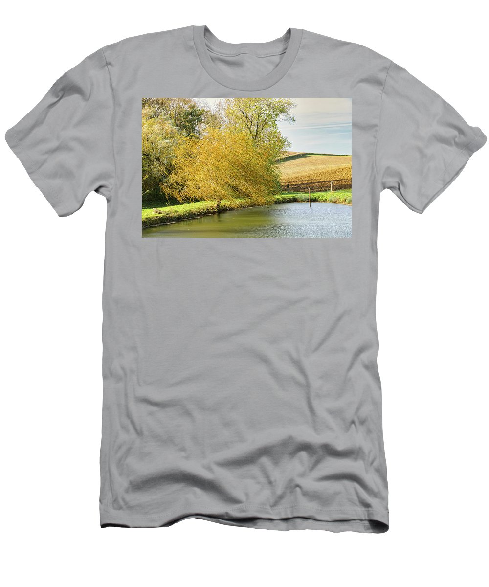 Wind T-Shirt featuring the photograph Wind in the willow by Michael Briley