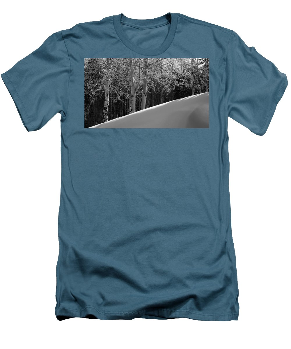 Colorado Men's T-Shirt (Athletic Fit) featuring the photograph Aspencade by Skip Hunt