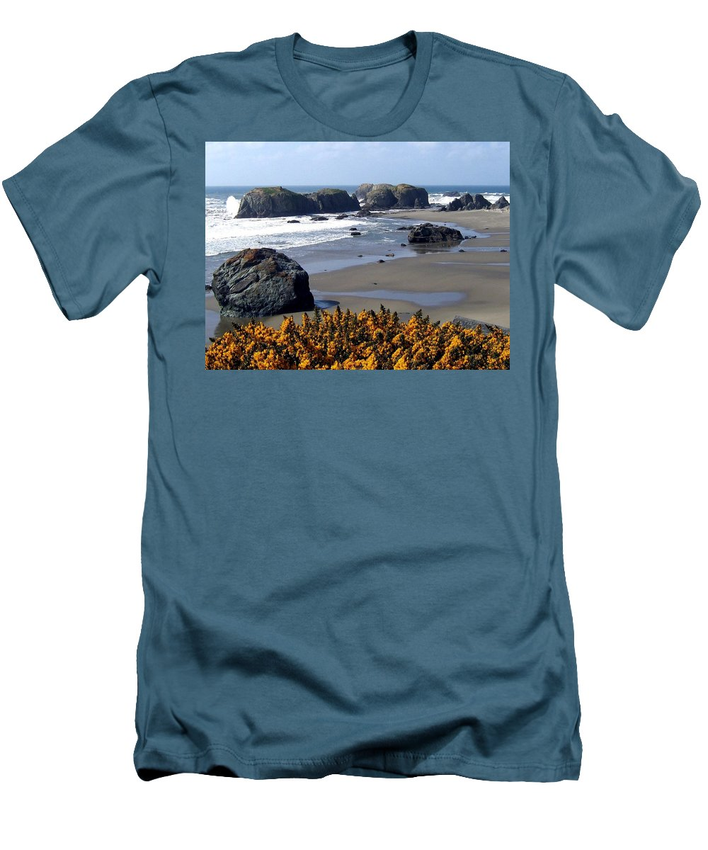 Bandon Men's T-Shirt (Athletic Fit) featuring the photograph Bandon 23 by Will Borden