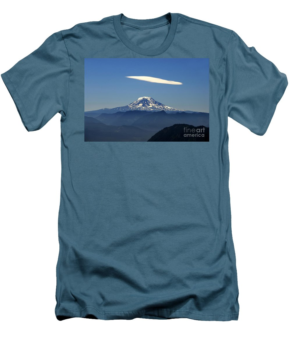 Mount Adams Men's T-Shirt (Athletic Fit) featuring the photograph Cloud Over Adams by David Lee Thompson