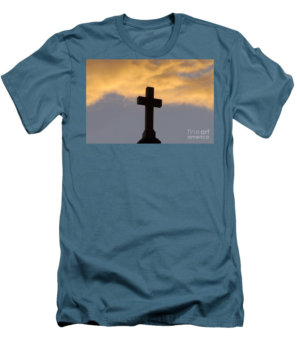 Cross Men's T-Shirt (Athletic Fit) featuring the photograph Cross And Sky by David Lee Thompson