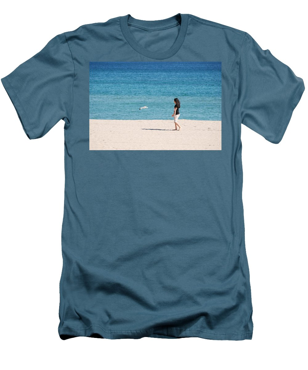 Ocean Men's T-Shirt (Athletic Fit) featuring the photograph Flight Of The Angel by Rob Hans