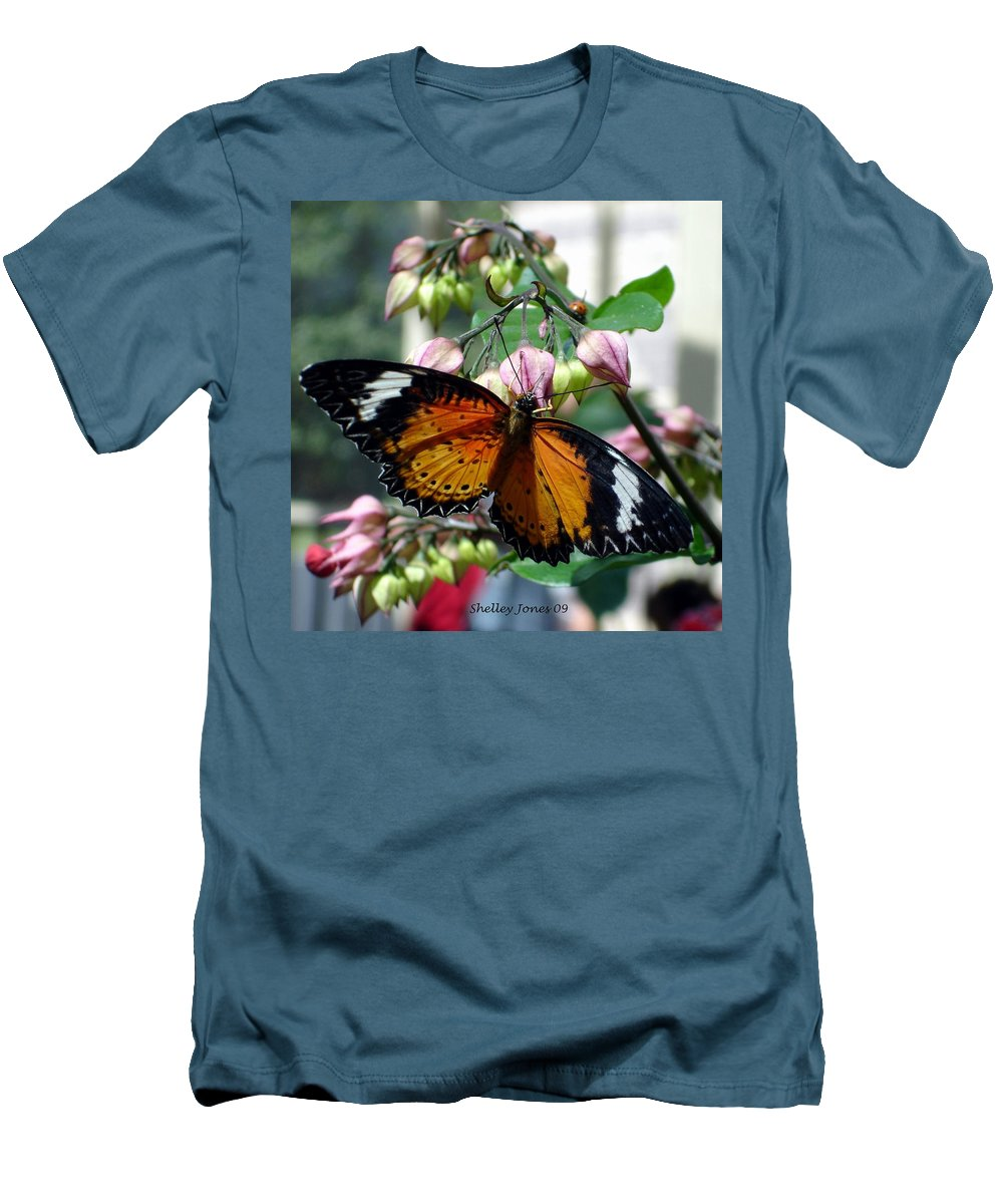 Photography Men's T-Shirt (Athletic Fit) featuring the photograph Friends Come In Small Packages by Shelley Jones