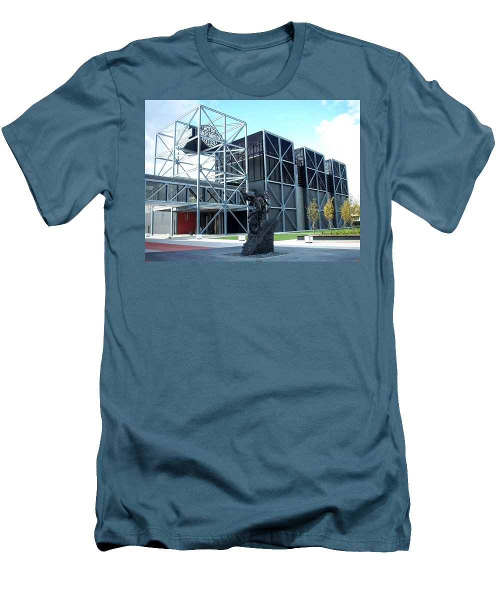 Architechture Men's T-Shirt (Athletic Fit) featuring the photograph Harley Museum And Statue by Anita Burgermeister