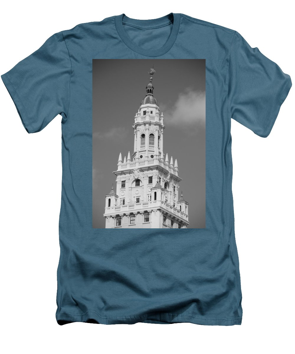 Architecture Men's T-Shirt (Athletic Fit) featuring the photograph Miami Tower by Rob Hans