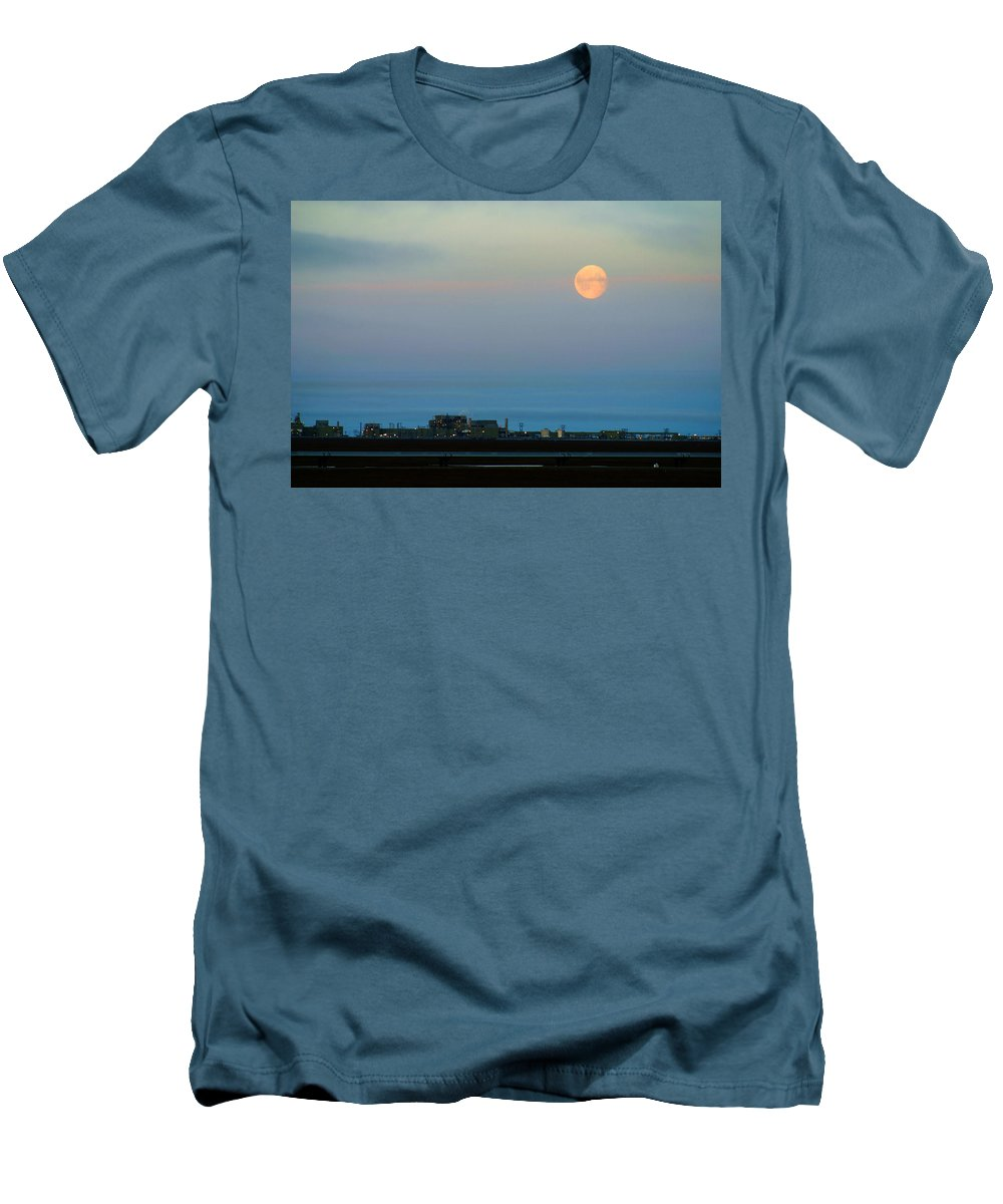 Landscape Men's T-Shirt (Athletic Fit) featuring the photograph Moon Over Flow Station 1 by Anthony Jones