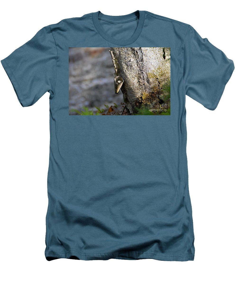 Wood Men's T-Shirt (Athletic Fit) featuring the photograph Nature's Detail by David Lee Thompson