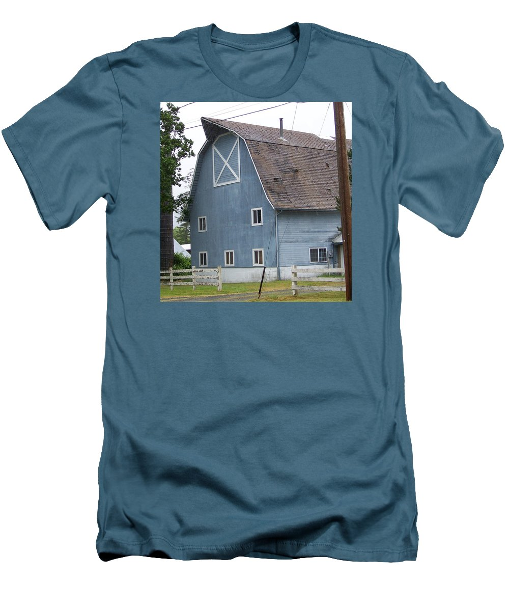 Old Men's T-Shirt (Athletic Fit) featuring the photograph Old Blue Barn Littlerock Washington by Laurie Kidd