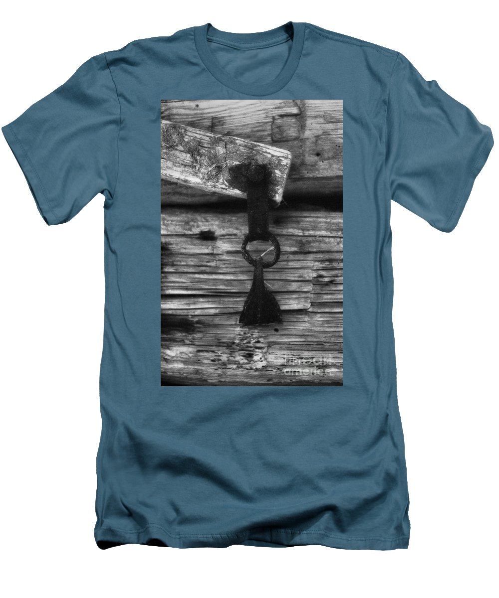 Doors Men's T-Shirt (Athletic Fit) featuring the photograph Old Door Latch by Richard Rizzo