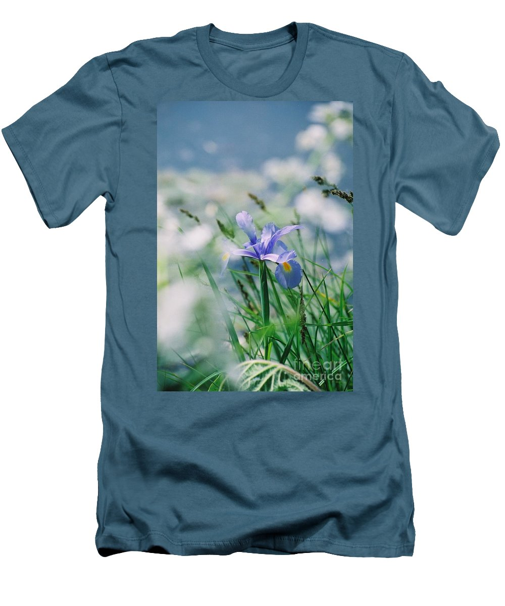 Periwinkle Men's T-Shirt (Athletic Fit) featuring the photograph Periwinkle Iris by Nadine Rippelmeyer