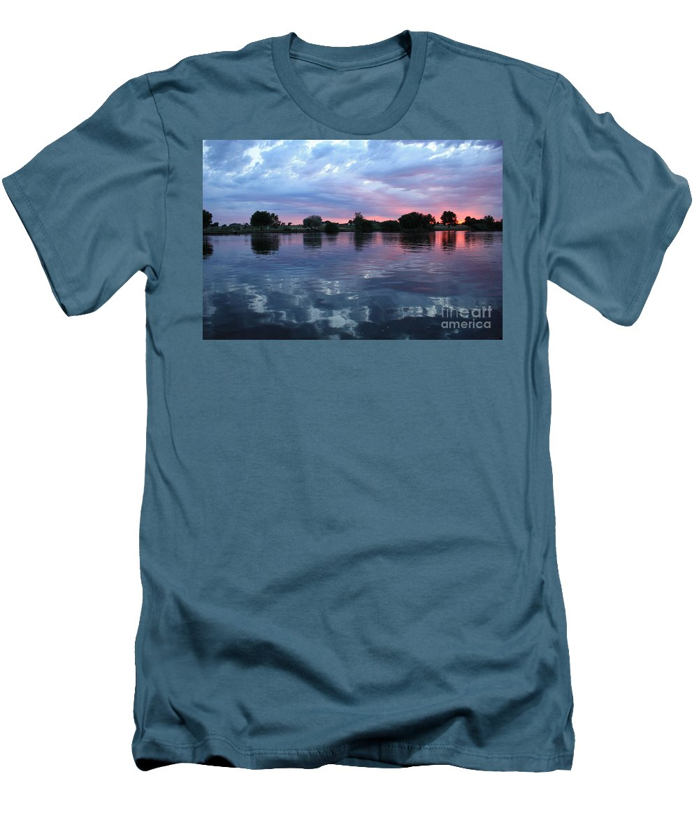 Sunset Men's T-Shirt (Athletic Fit) featuring the photograph Prosser Pink Sunset 5 by Carol Groenen