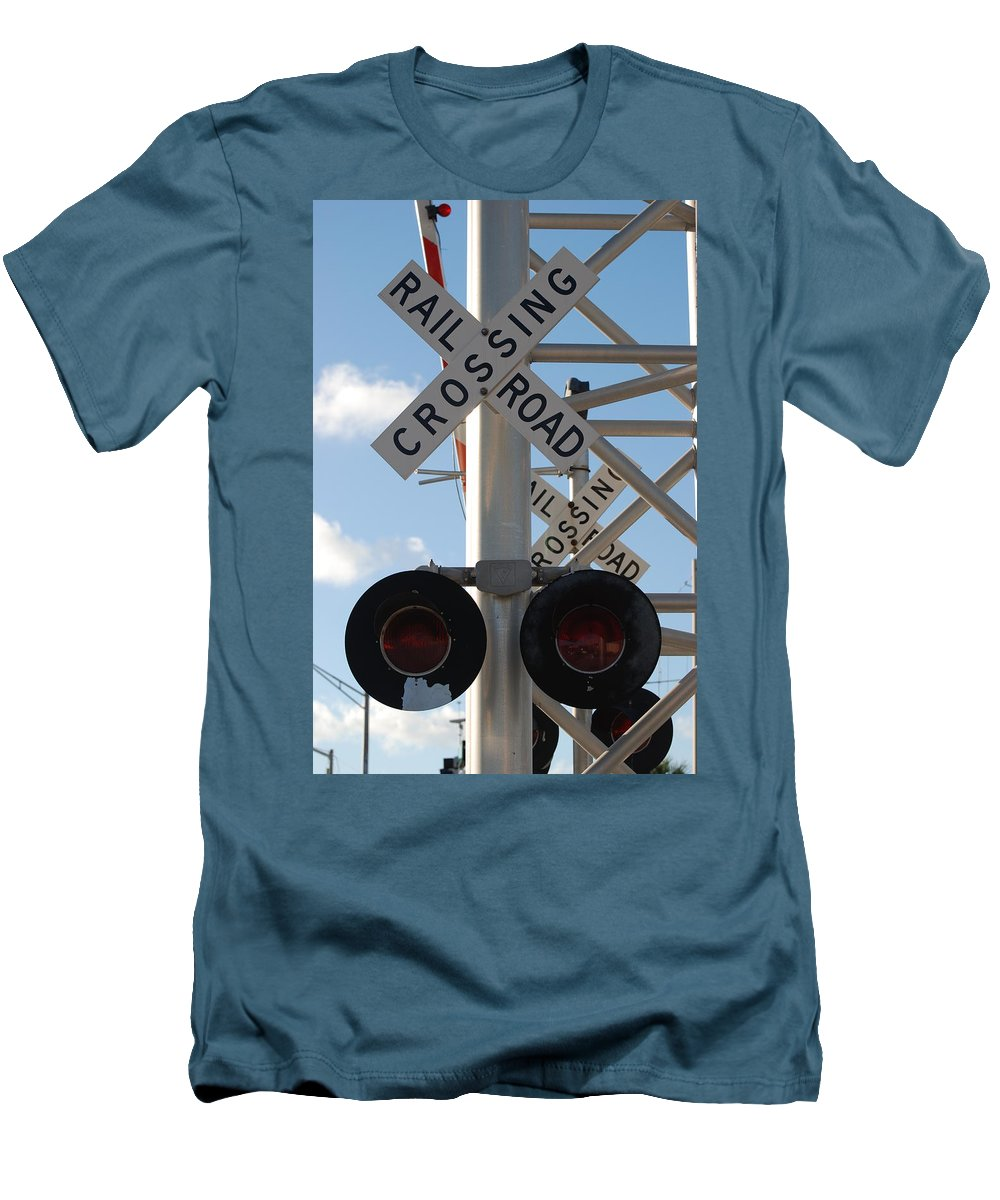Train Men's T-Shirt (Athletic Fit) featuring the photograph R X R Crossing by Rob Hans