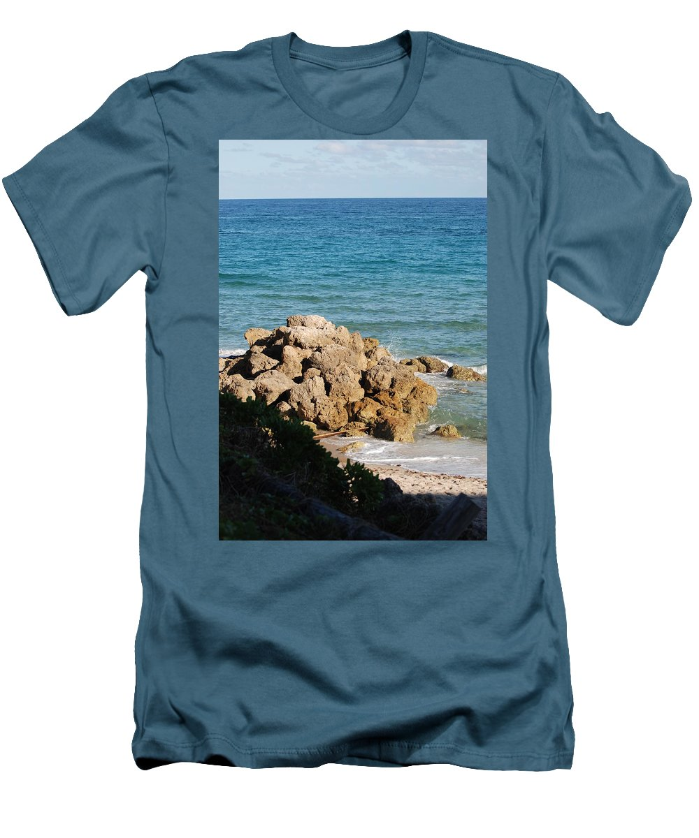 Sea Scape Men's T-Shirt (Athletic Fit) featuring the photograph Rocky Shoreline by Rob Hans