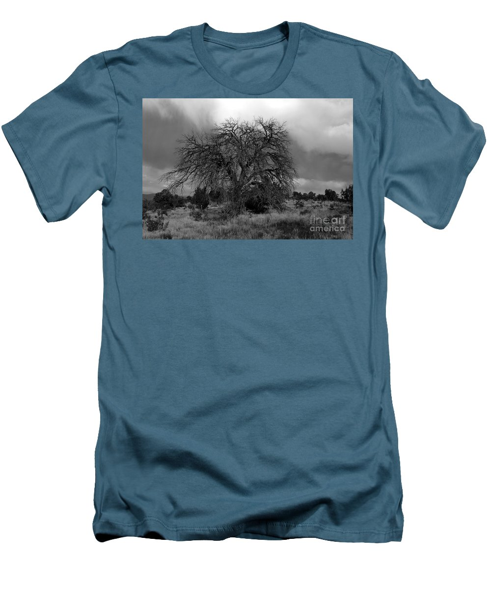 Storm Men's T-Shirt (Athletic Fit) featuring the photograph Storm Tree by David Lee Thompson