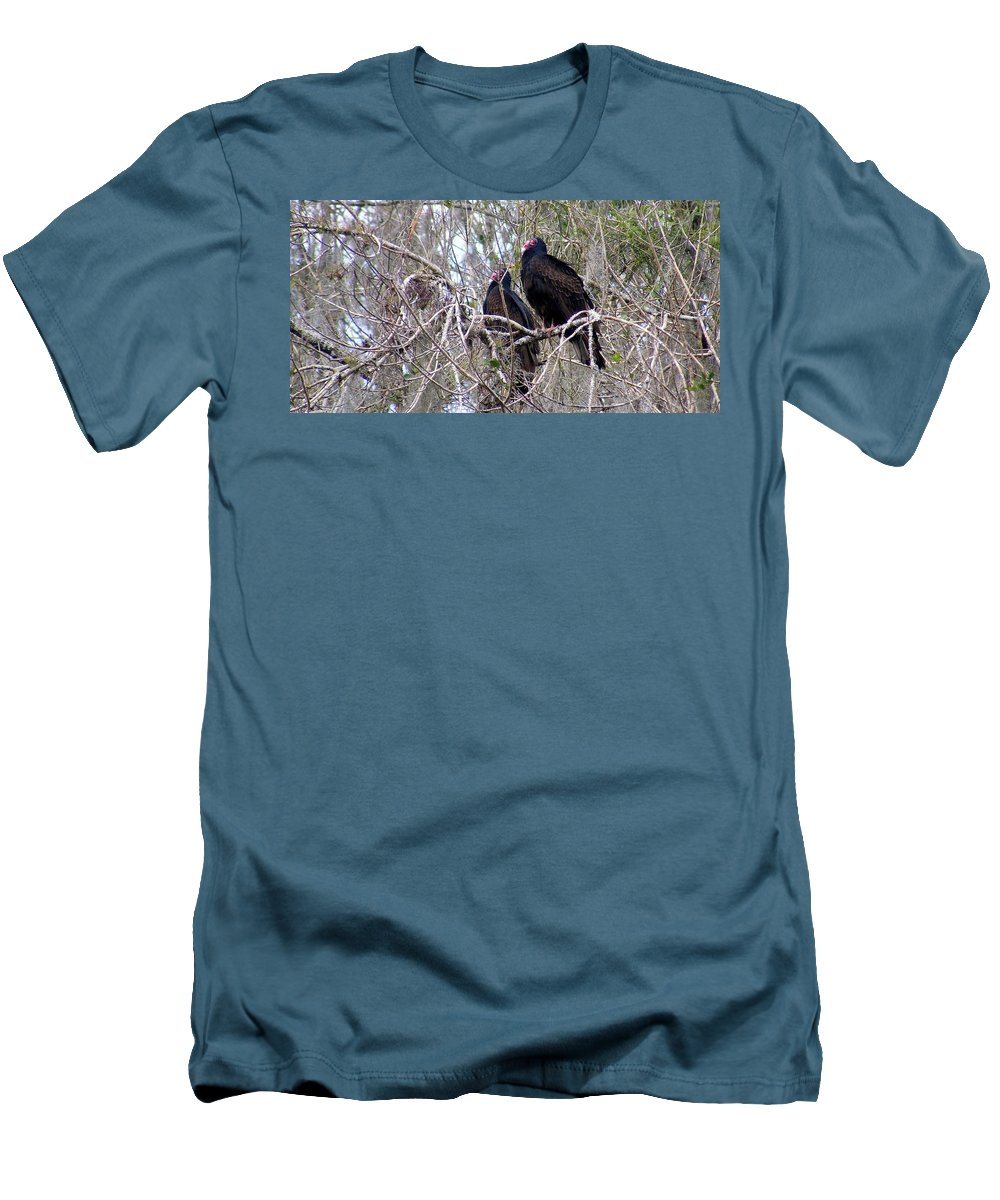 Birds Men's T-Shirt (Athletic Fit) featuring the photograph Two Friends by Ed Smith