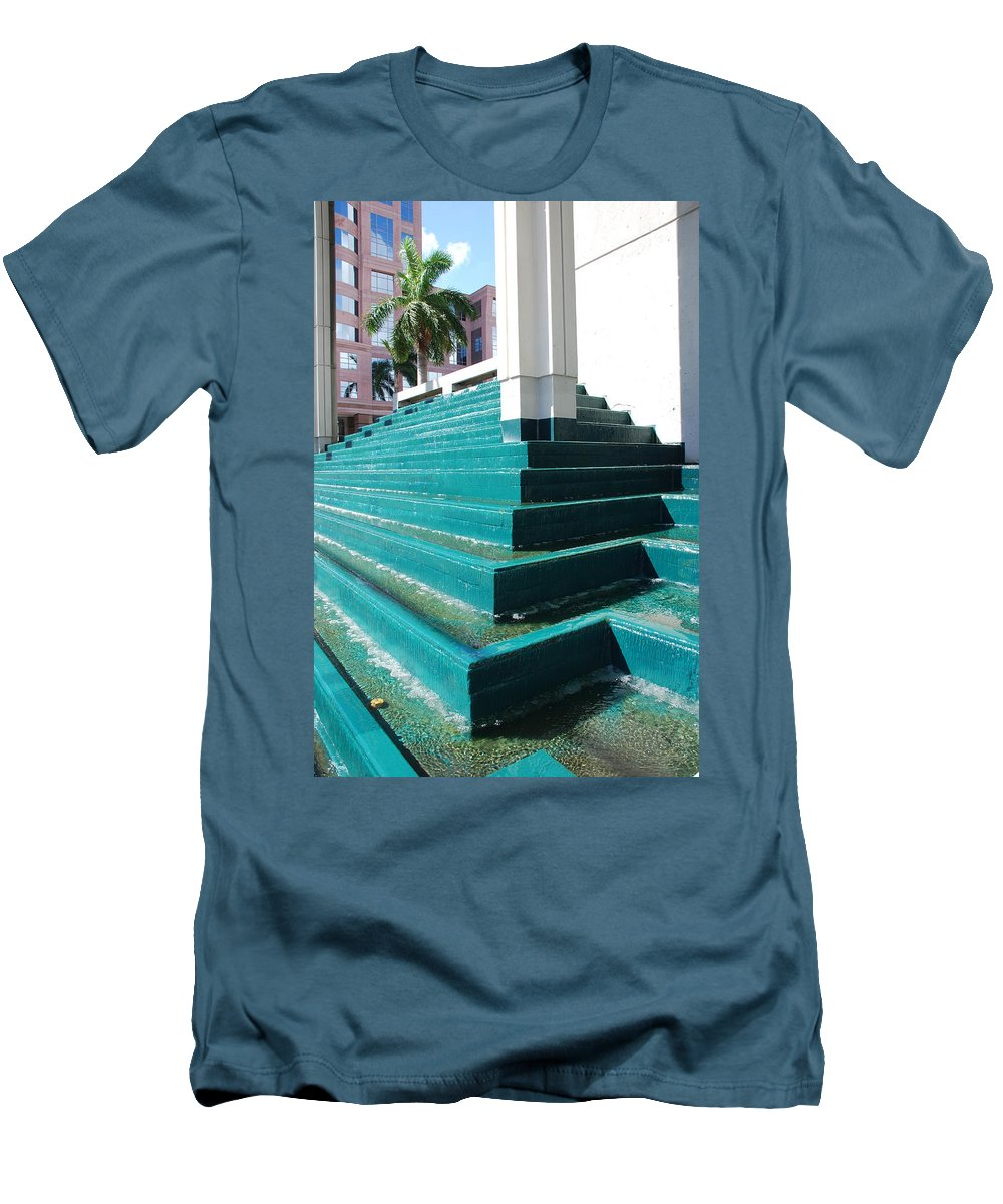Architecture Men's T-Shirt (Athletic Fit) featuring the photograph Water At The Federl Courthouse by Rob Hans