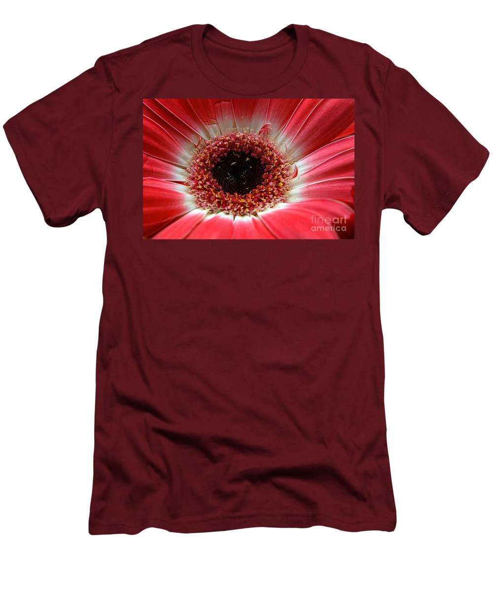 Clay Men's T-Shirt (Athletic Fit) featuring the photograph Floral Eye by Clayton Bruster