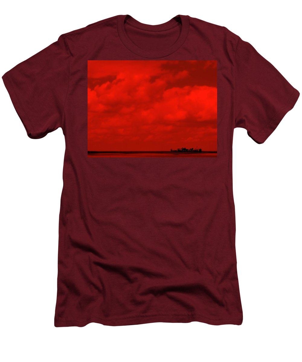 Sky Men's T-Shirt (Athletic Fit) featuring the photograph Life On Mars by Ed Smith