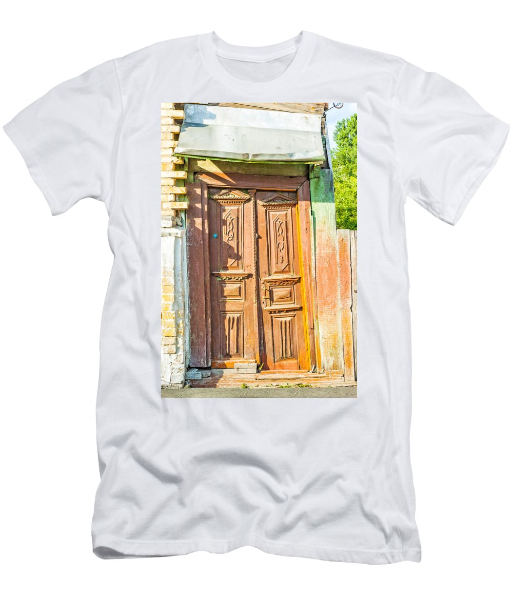 Kiev Men's T-Shirt (Athletic Fit) featuring the photograph Old Wooden Door by Alain De Maximy