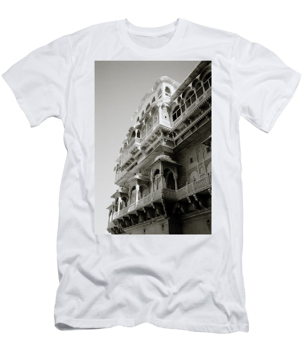 Jaisalmer Men's T-Shirt (Athletic Fit) featuring the photograph The City Palace by Shaun Higson