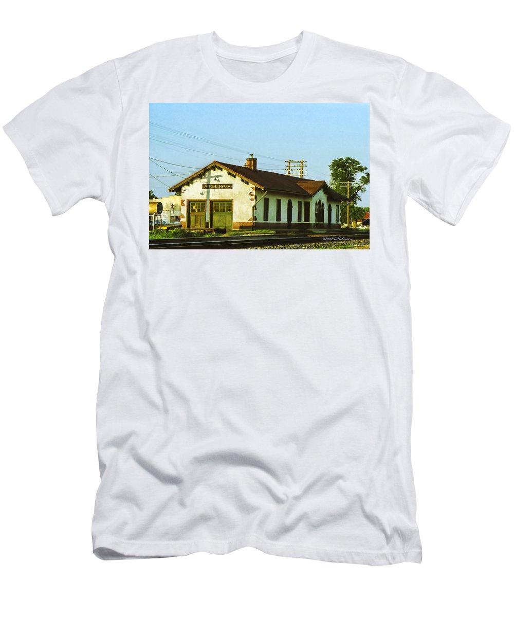 Villisca Ia Men's T-Shirt (Athletic Fit) featuring the photograph Villisca Train Depot by Edward Peterson