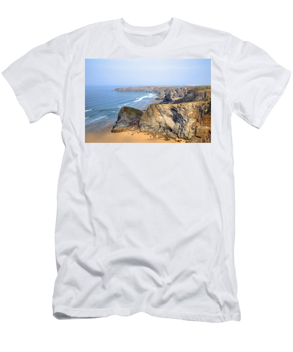 Carnewas And Bedruthan Steps Men's T-Shirt (Athletic Fit) featuring the photograph Cornwall - Bedruthan Steps by Joana Kruse
