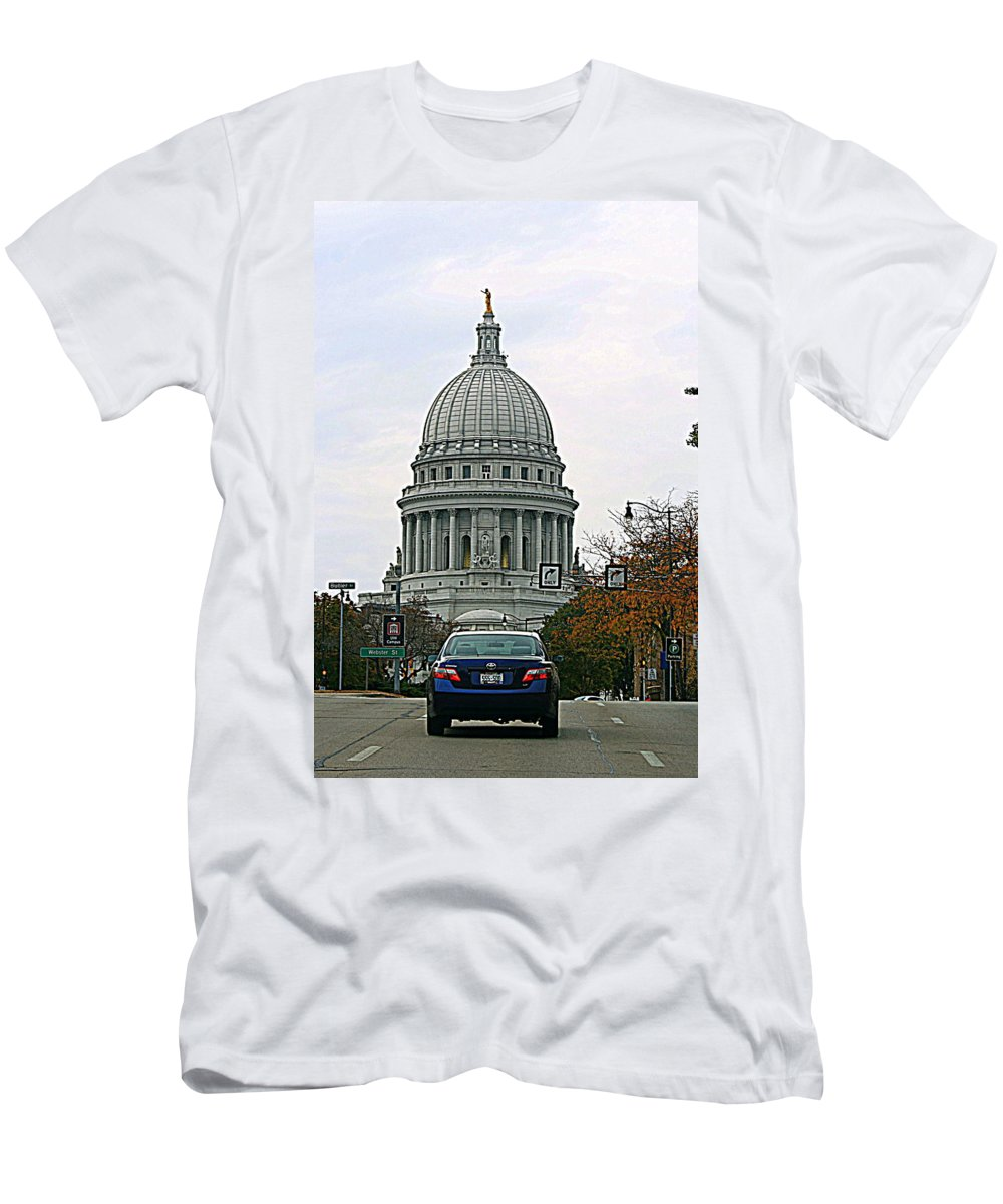 Capital Men's T-Shirt (Athletic Fit) featuring the photograph All Streets Lead To The Capital by Kay Novy