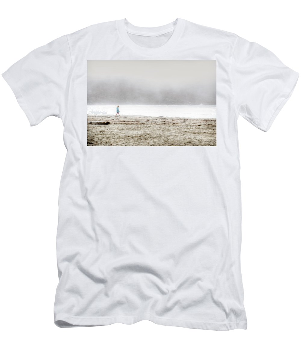 Desserted Men's T-Shirt (Athletic Fit) featuring the photograph Alone by Lisa Knechtel