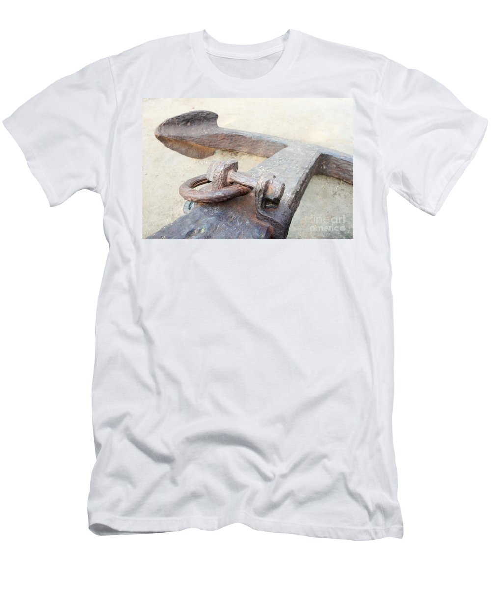 Santa Barbara Men's T-Shirt (Athletic Fit) featuring the photograph Anchor by Henrik Lehnerer