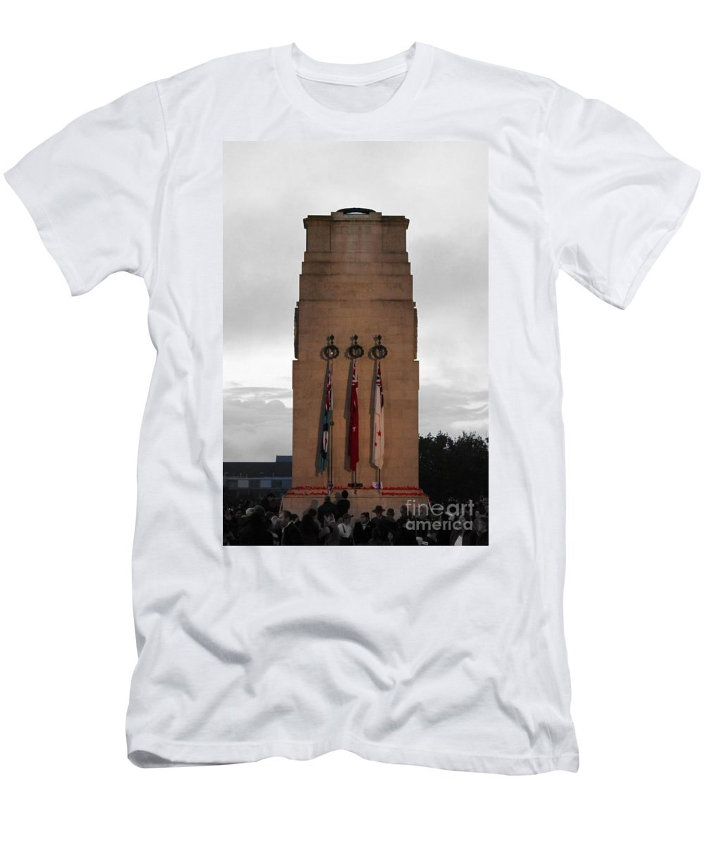 Anzac Day Men's T-Shirt (Athletic Fit) featuring the photograph Anzac Day 2014 Auckland Museum Cenotaph by Gee Lyon