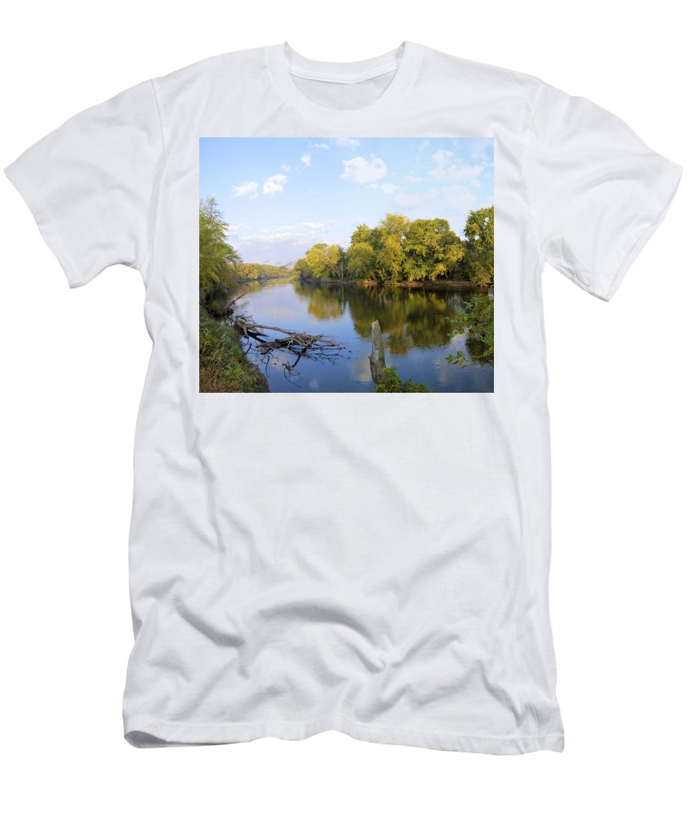 Environment Men's T-Shirt (Athletic Fit) featuring the photograph Autumn Comfort by Bonfire Photography