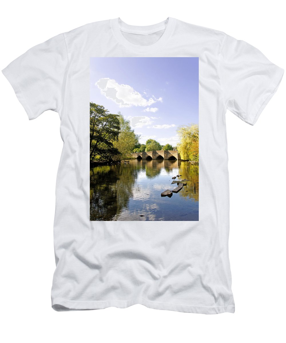 Bakewell Men's T-Shirt (Athletic Fit) featuring the photograph Bakewell Bridge - Over The River Wye by Rod Johnson