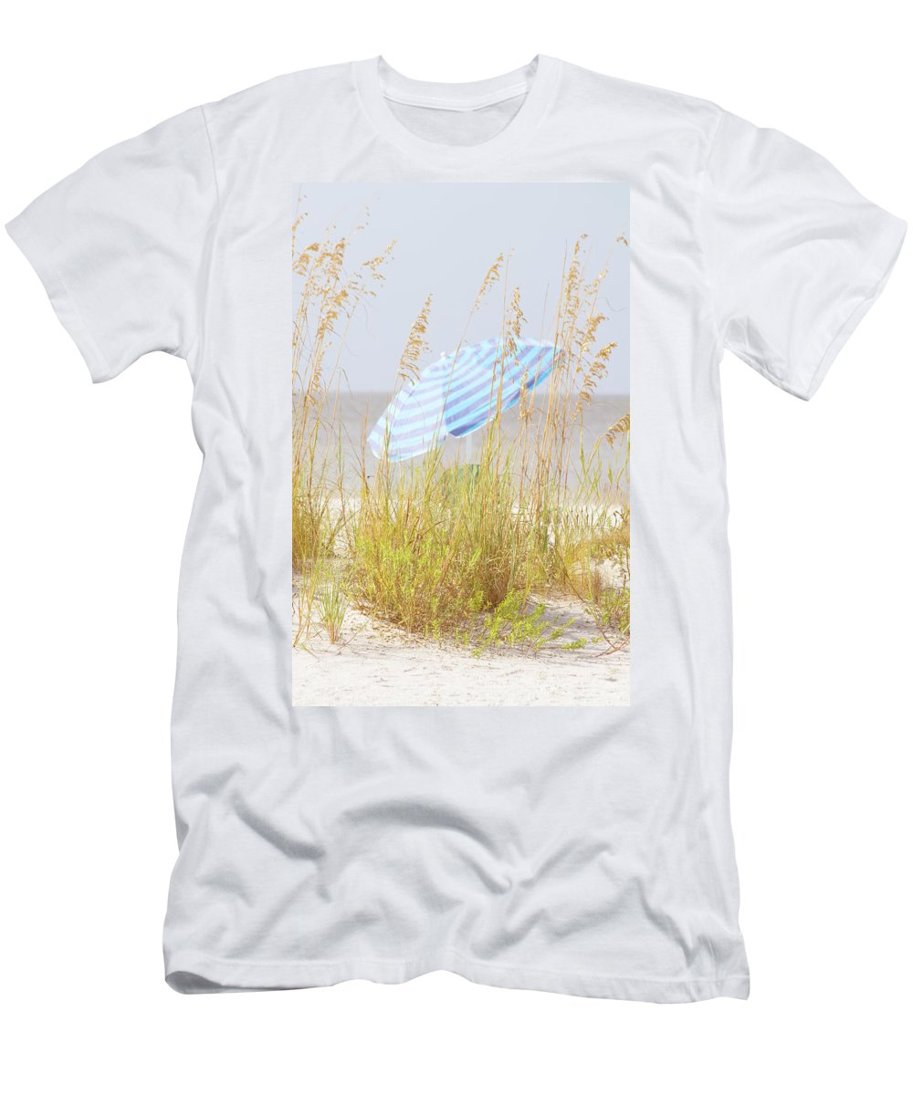 Umbrella Men's T-Shirt (Athletic Fit) featuring the photograph Beach Time by Kim Hojnacki