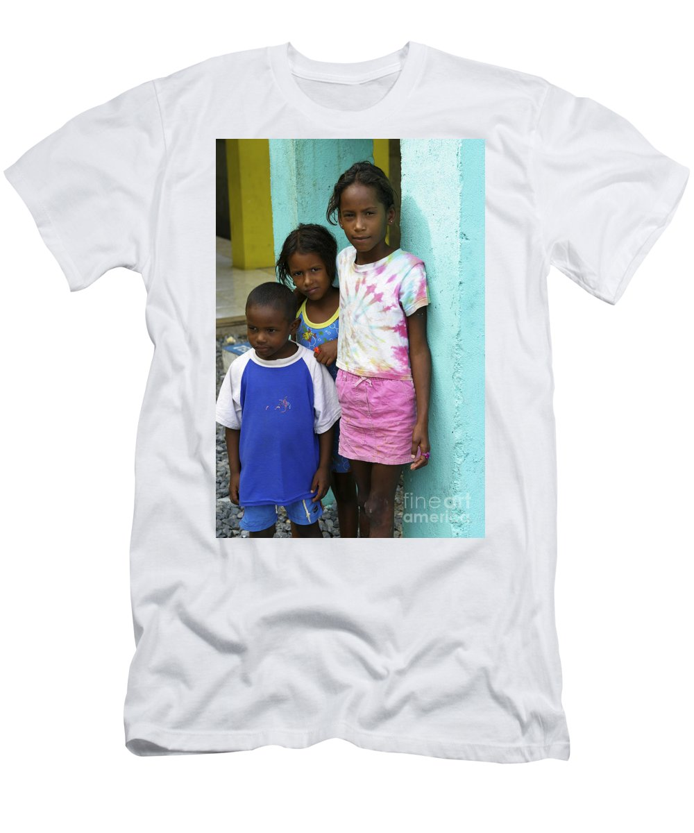 Children Men's T-Shirt (Athletic Fit) featuring the photograph Beautiful Children by Belinda Greb