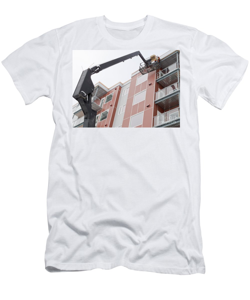 Access Men's T-Shirt (Athletic Fit) featuring the photograph Boom Lift Worker Work Apartment Highrise Exterior by Stephan Pietzko