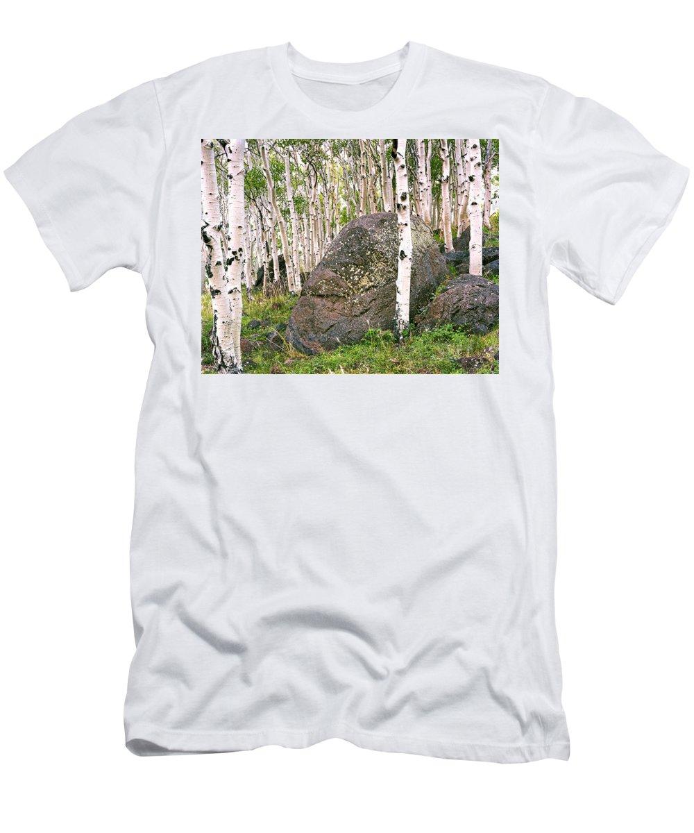 Aspens Men's T-Shirt (Athletic Fit) featuring the photograph Boulder Outside Boulder by Rich Franco