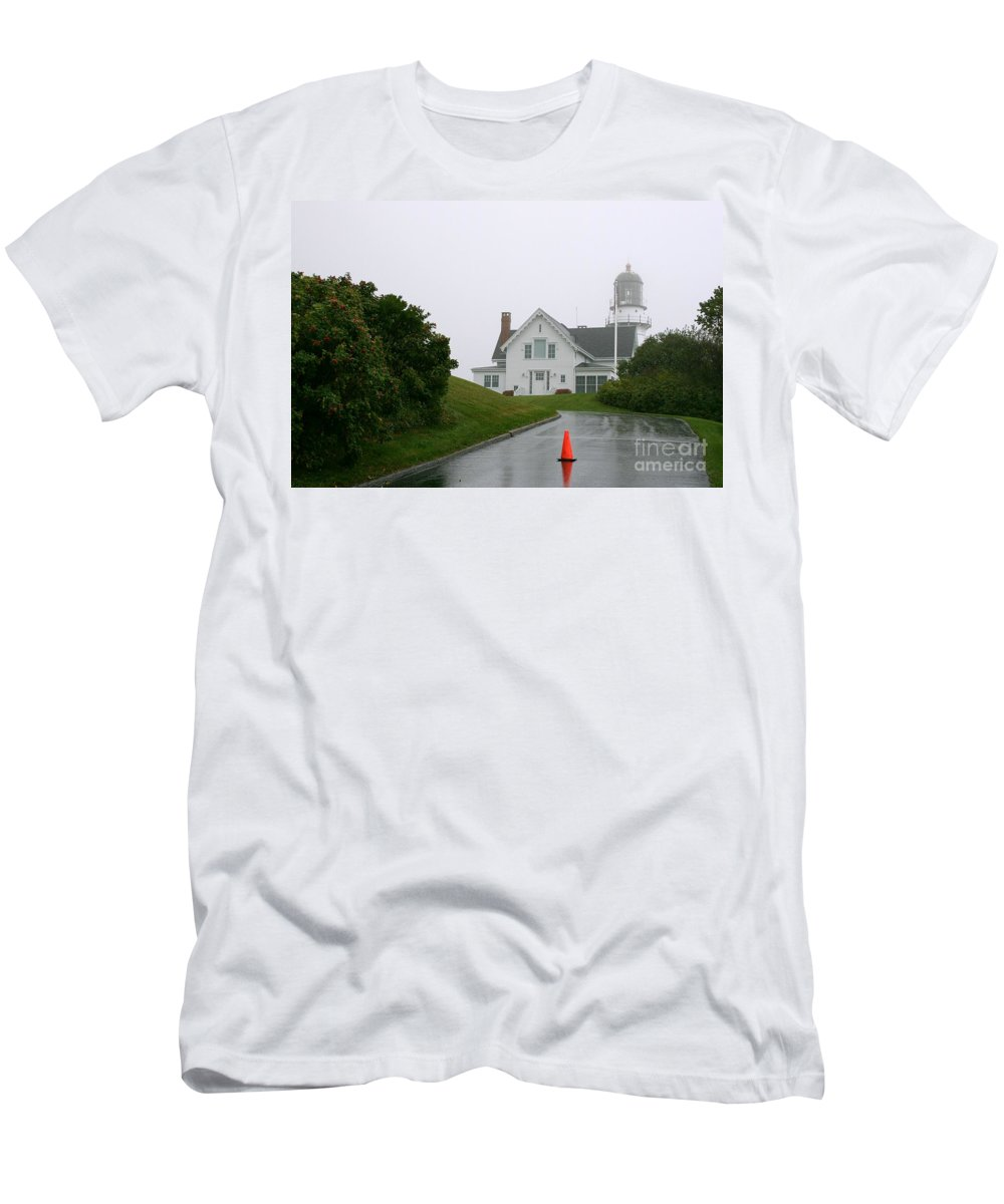 Lighthouse Men's T-Shirt (Athletic Fit) featuring the photograph Cape Elizabeth On A Rainy Day- Maine by Christiane Schulze Art And Photography