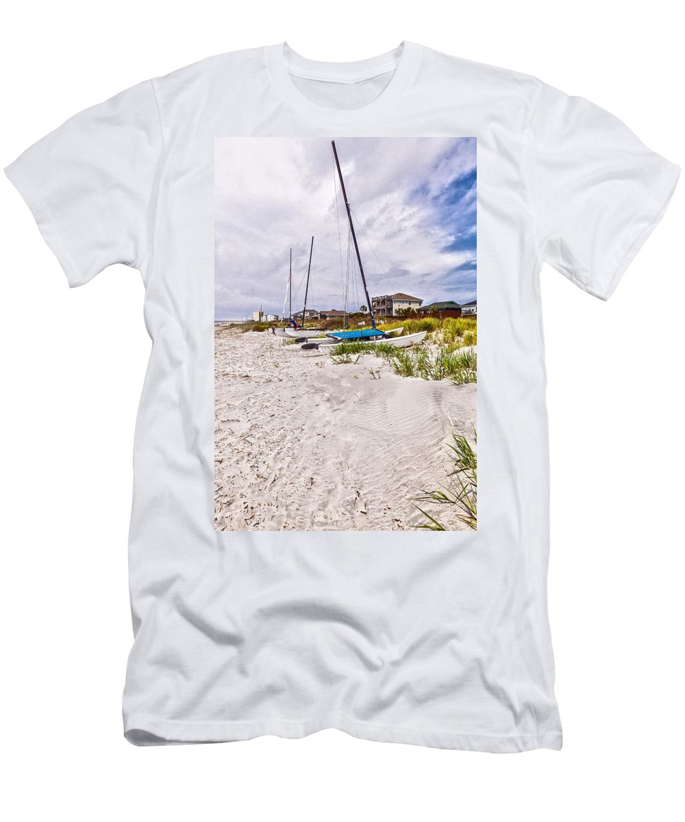 Landscape Men's T-Shirt (Athletic Fit) featuring the photograph Catamaran by Sennie Pierson