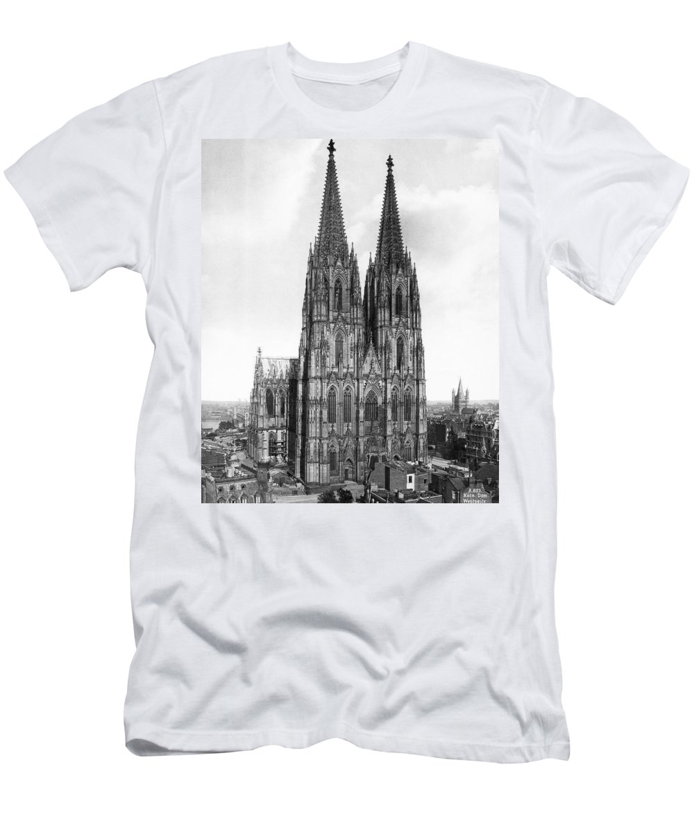 1885 Men's T-Shirt (Athletic Fit) featuring the photograph Cologne Cathedral by Underwood Archives
