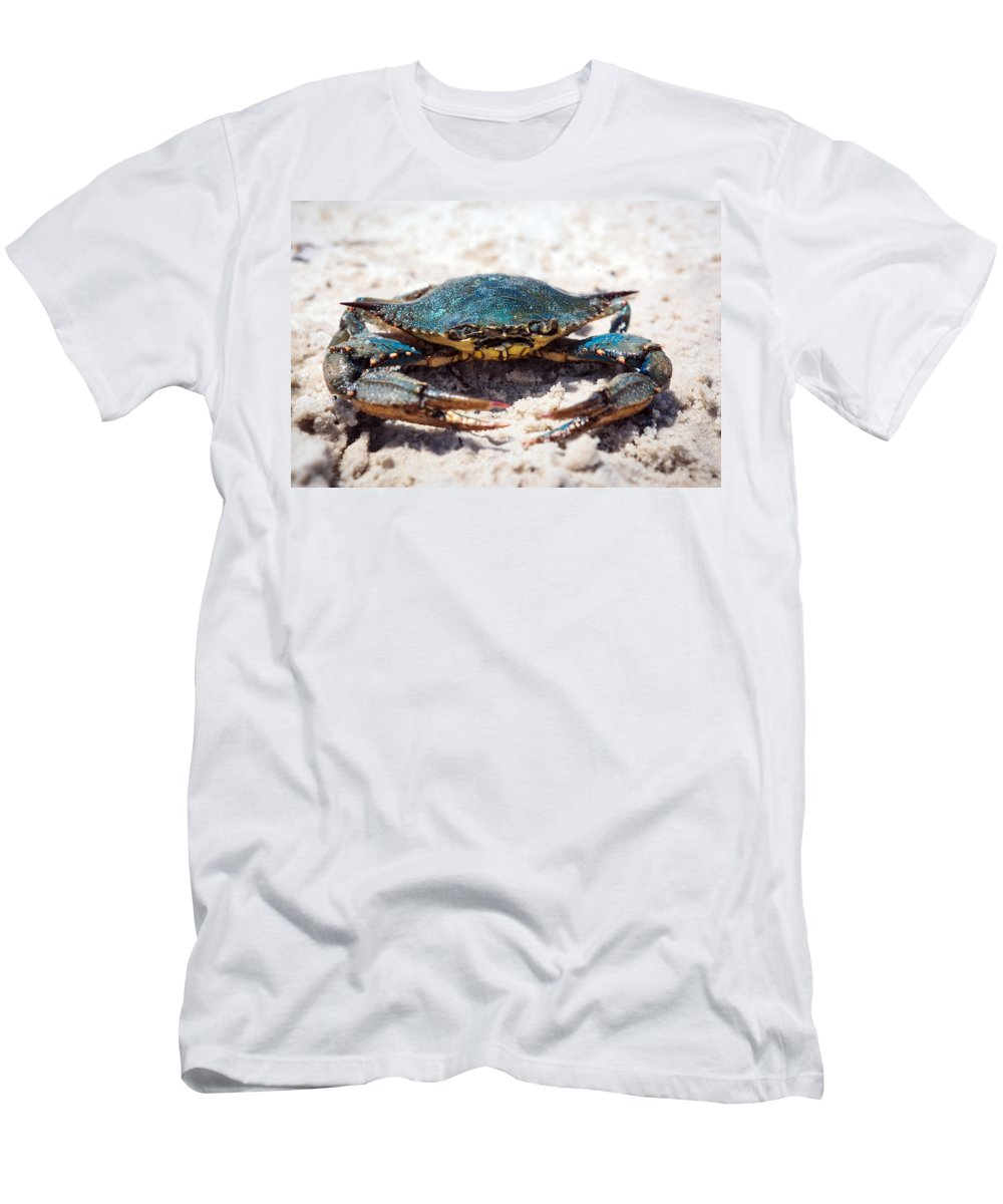 Long Beach Men's T-Shirt (Athletic Fit) featuring the photograph Crabby Crab by Sennie Pierson